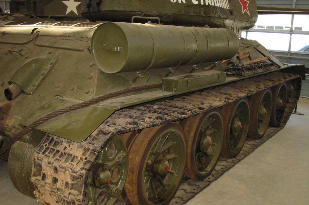Танк Т-34/85, гусеница